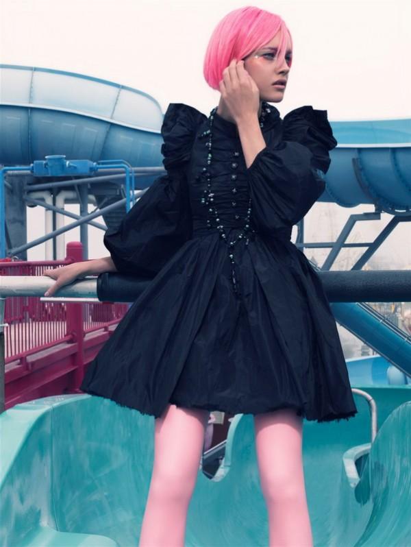 Девушка врозовом парике фото 91-615