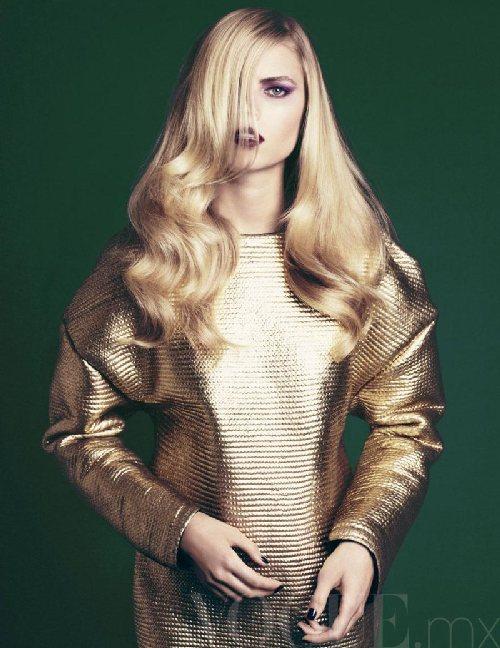 Maryna Linchuk by David Roemer for Vogue Mexico November 2011